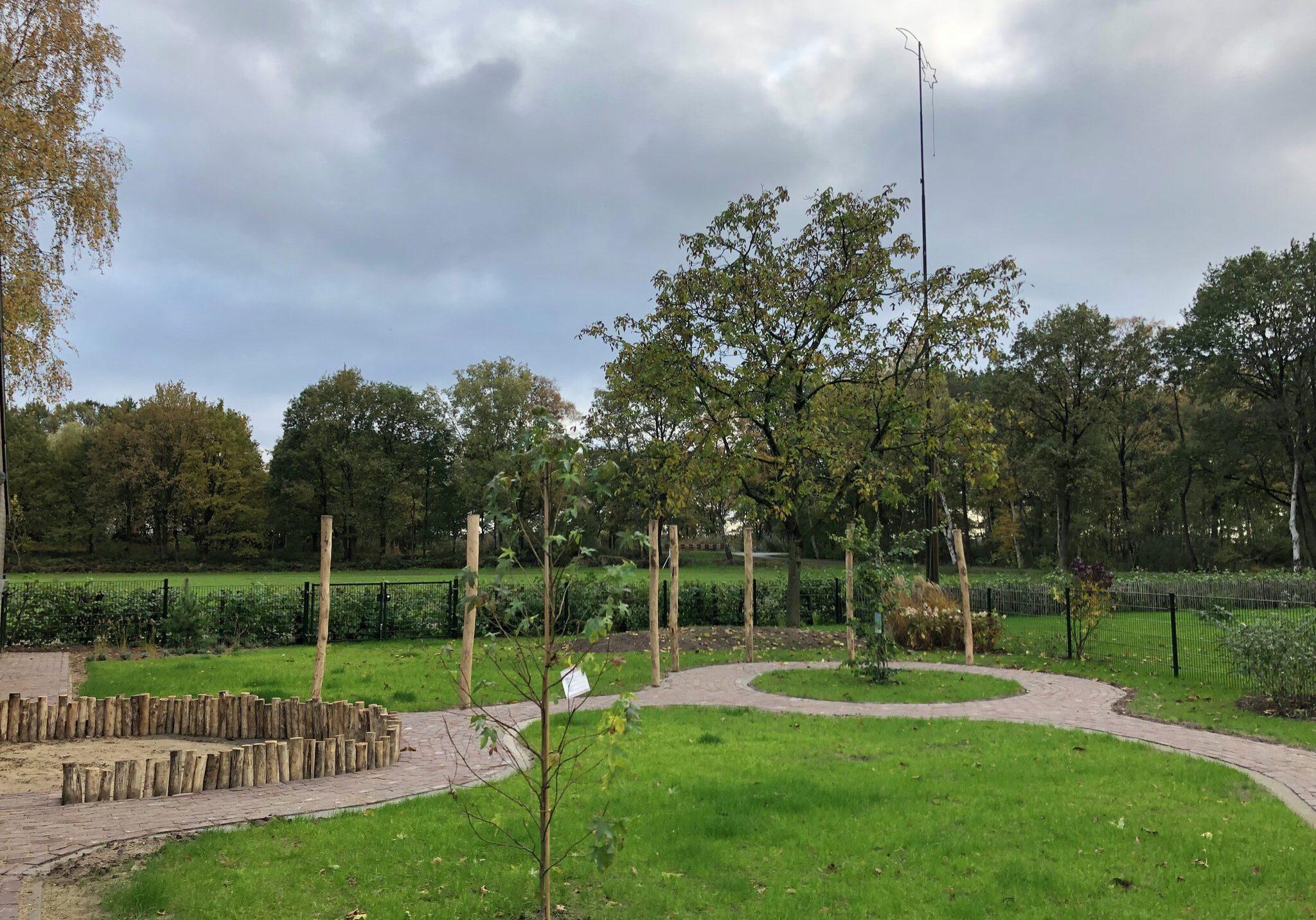 Kinderopvang Krakenburg buiten tuin